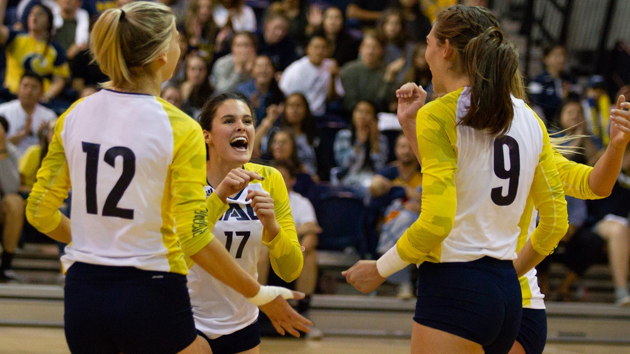 Women's Volleyball - Northern Arizona University Athletics